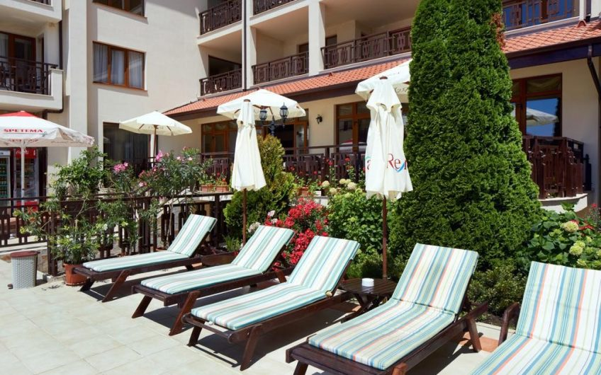 Апартамент в Relax Holiday Complex &Spa